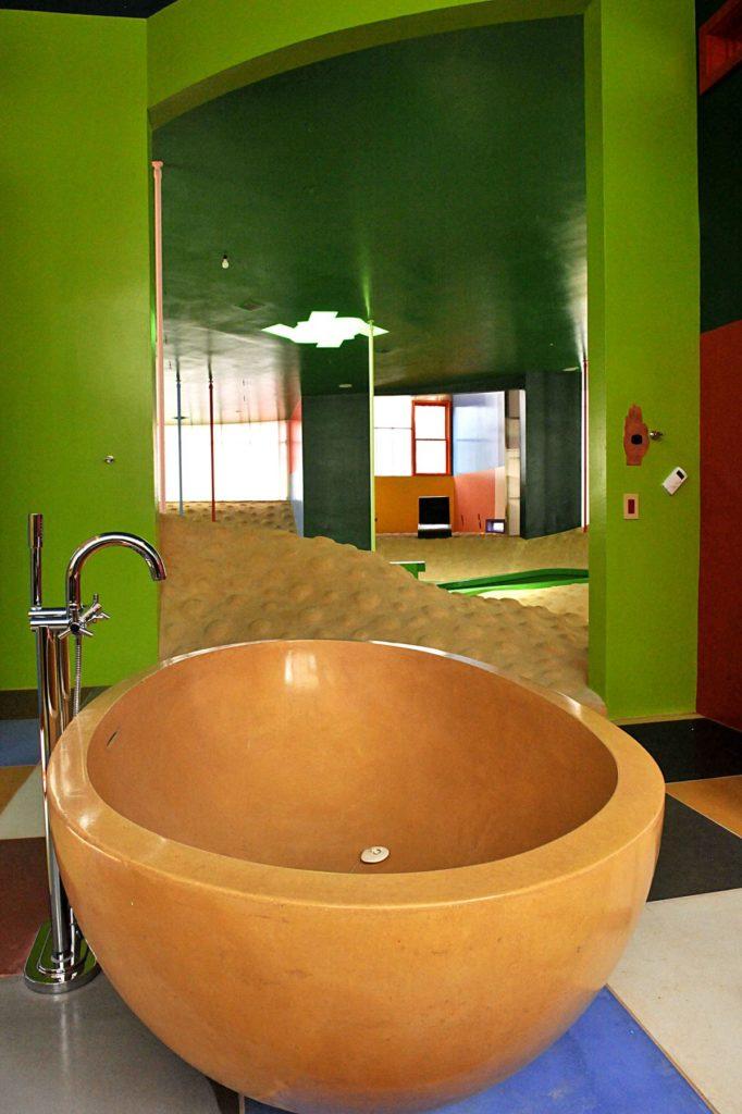 Bioscleave House (Lifespan Extending Villa), Interior, bathroom